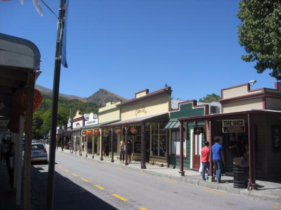 Arrowtown, Nova Zelândia: quality shopping in quaint old streets