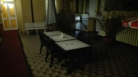 Valganna Hotel: IMG_20160317_214223_large.jpg