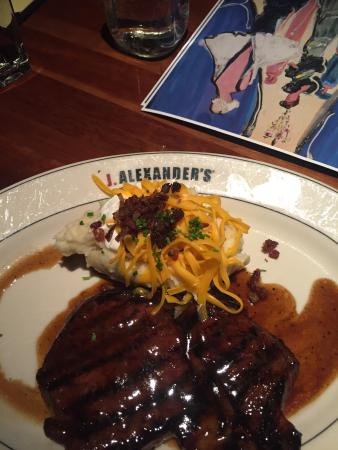 Lyndhurst Grill by J. Alexander's: ONLY the STEAK MAUI for me!!