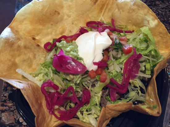 Xalos Mexican Grill: photo0.jpg