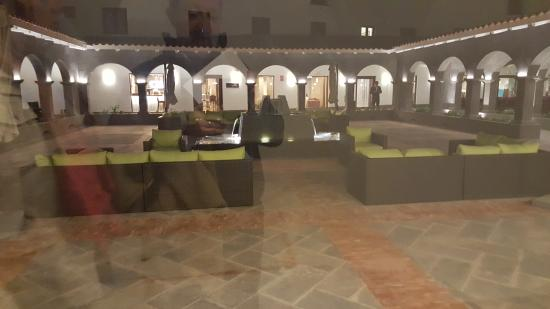 Patio Exterieur Picture Of Hilton Garden Inn Cusco Cusco