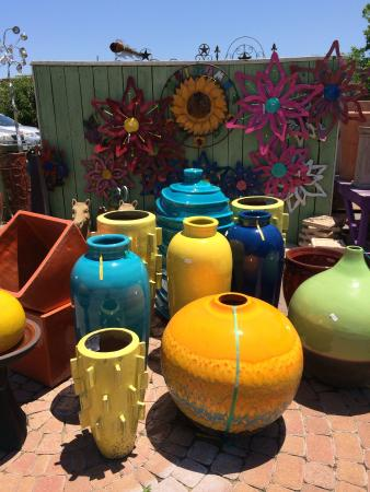 Tomball, TX: So much to see.  So much color!