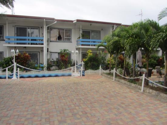 Captain Cook Apartments Photo
