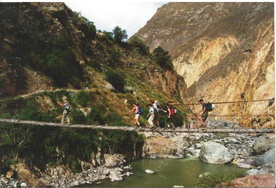 Carlos Zarate Adventures: Trekking en el Cañon del Colca