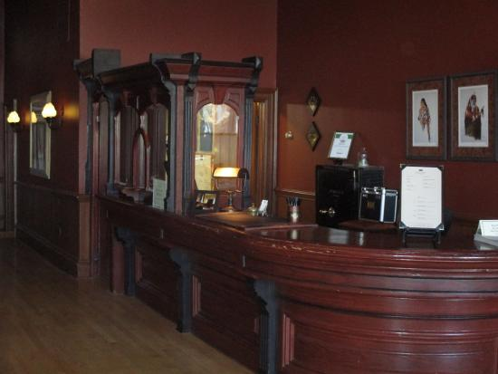 Fort Benton, MT: Entry lobby