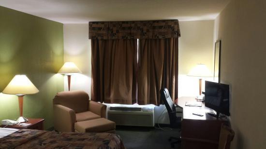 Sleep Inn & Suites: 20160312_173534_large.jpg