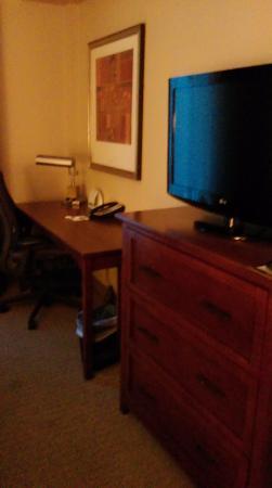Staybridge Suites North Charleston: Master bedroom