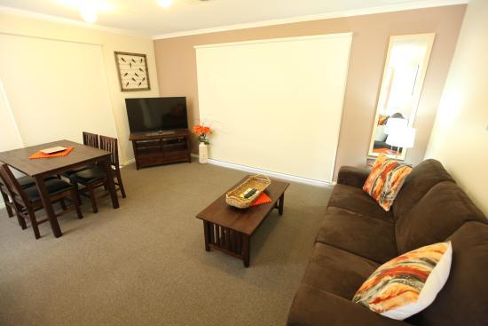 Attwood, Australia: Living area Apartment