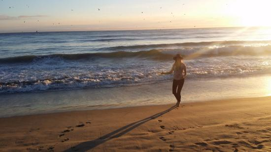 Manresa State Beach : Playing in the sun :D