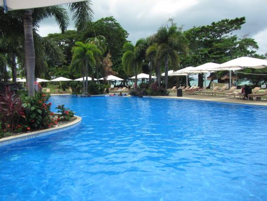 Pool - Sheraton Samoa Beach Resort Photo