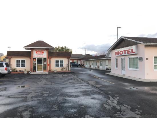 Wayfare Motel
