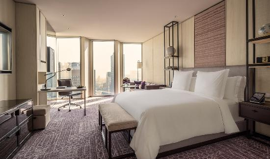 Four Seasons Hotel Seoul - Deluxe Room (178297398)
