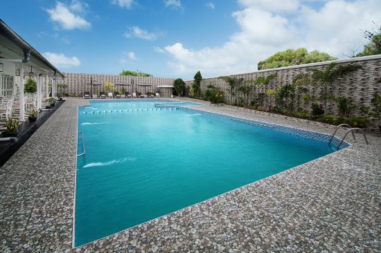 Menumbing heritage hotel bewertungen fotos for Swimming pool preisvergleich