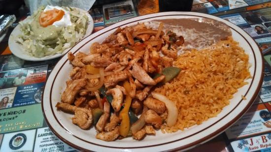 Arroz Con Pollo Recipe - Quick and Easy (Rice with Chicken) - AdenaF