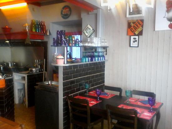 La cuisine photo de le bistrot gourmand chez martine - La cuisine de bertrand ...