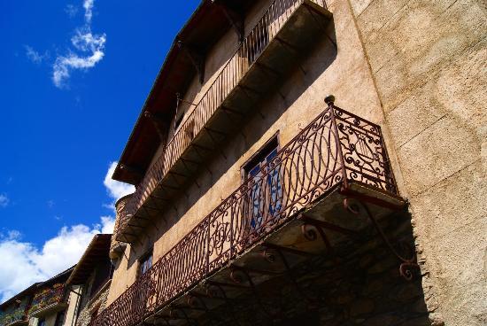 Museu Casa d'Areny-Plandolit: Fachada