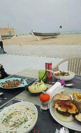 Al Wakra, Catar: Snapchat-2391393598189501105_large.jpg