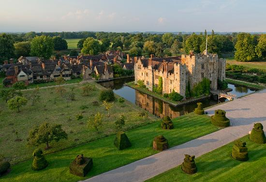 Hever, UK: Aerial view of the Castle