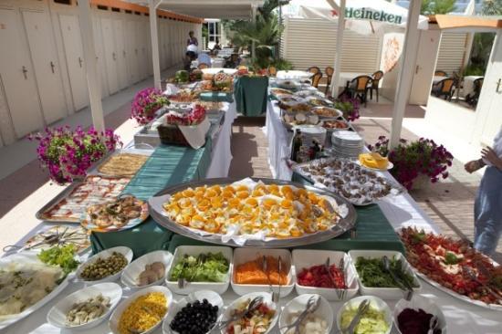 Hotel Miami Beach: Pranza al mare in libertà