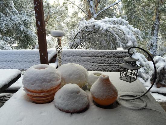 Bimblegumbie: Snow on the terrace