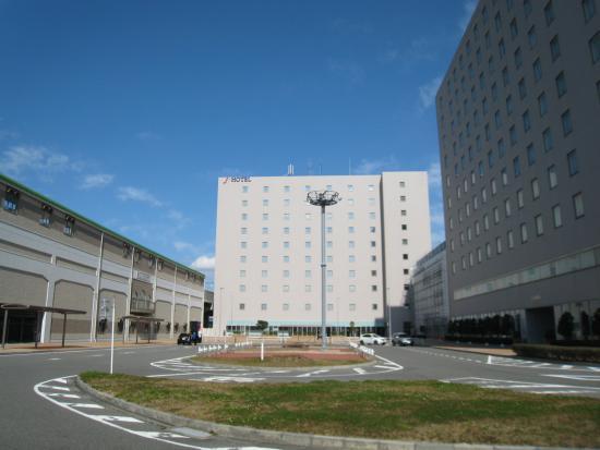 J・HOTELりんくう, 電車の駅(りんくう常滑駅)とホテル