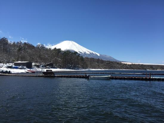 Lake Yamanaka Photo Gallery