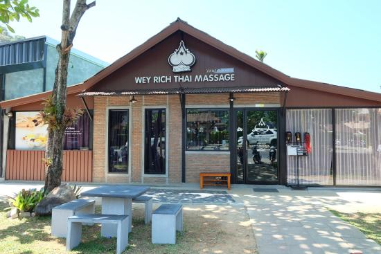‪Wey Rich Thai Massage‬