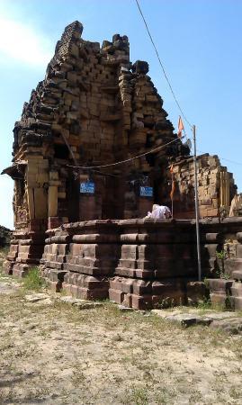 Shiv Temple, Kera