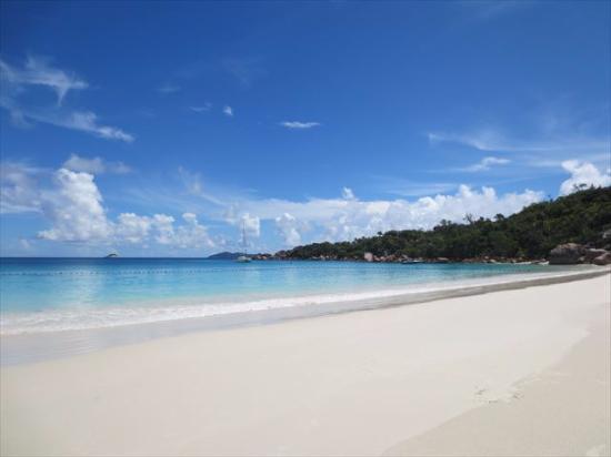 Νήσος Πράσλιν, Σεϋχέλλες: 絵になるビーチ。
