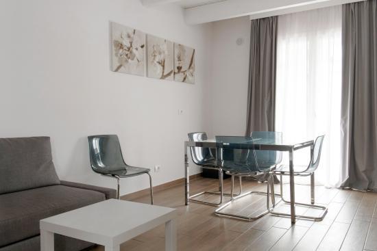 Hotel La Pineta: Soggiorno Suite