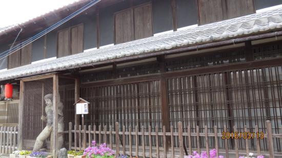 Komekin no Kintoki Statue