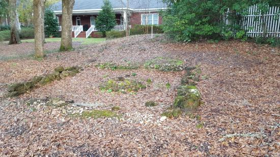 Wachesaw Plantantion East Golf Club: The remains of the dairy house.