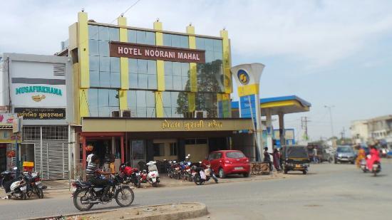 Hotel Noorani Mahal