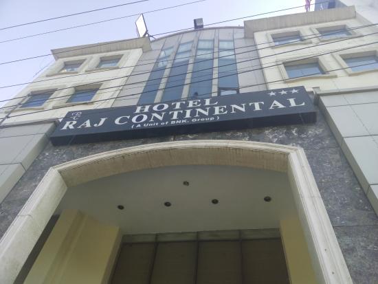 Hotel Raj Continental Foto