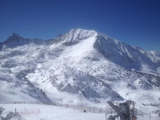 Hotel Naudi: Ski Area