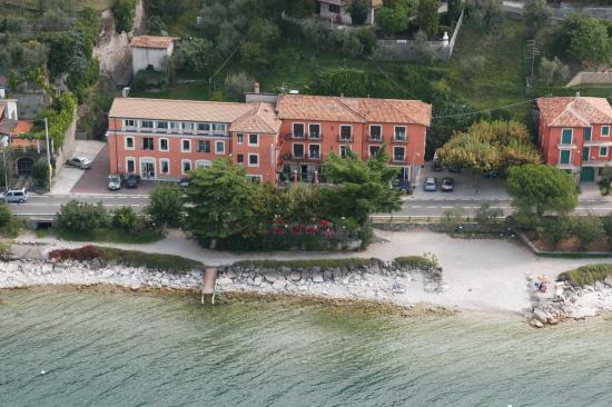Photo of Hotel Residence Sirenella Torri del Benaco