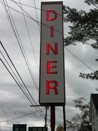Brunswick Diner: Love the old classic diner neon