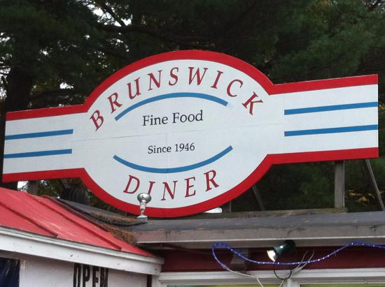 Brunswick Diner: Love the Old Auto grill Logo designs ~ they have great t's and mugs too