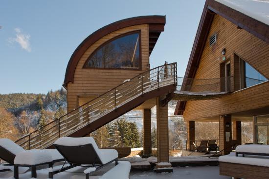 hostellerie la cheneaudiere relais chateaux hotel. Black Bedroom Furniture Sets. Home Design Ideas