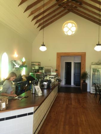 Cardinal Cafe