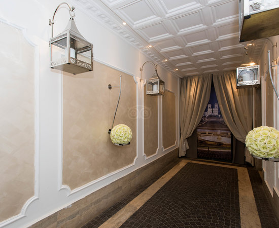 Entrance at the Spagna Royal Suite Rome