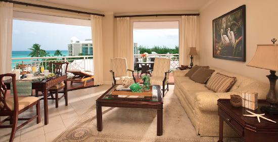 Sandals Royal Bahamian Spa Resort & Offshore Island: Their pic same room as above