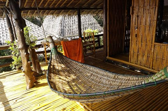 Moon Dance Magic View Bungalow: Hammock and little seating area. Everything is made out of bamboo!