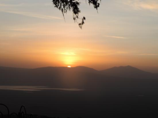 Ngorongoro Sopa Lodge: Sunset over the crater from Sopa Lodge