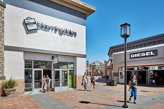 San Francisco Premium Outlets