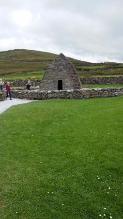 Dunquin, أيرلندا: Gallarus Observatory near the Great Blasket Center. Free to get in with the Heritage Pass.