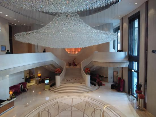 hotel lobby grand decoration view picture of harbour grand hong rh tripadvisor ie