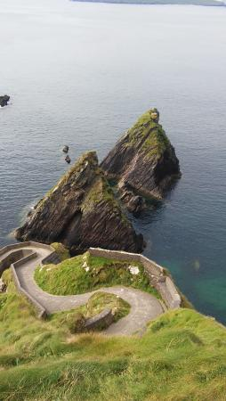 Dunquin, أيرلندا: Dunquin Harbor. This harbor is used to access the Blasket Islands.