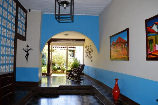 Harvest House Nicaragua: front entry