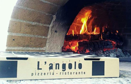 L'angolo Pizzeria - Ristorante